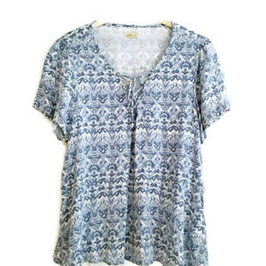 HOLLISTER FLORAL LACE UP TOP